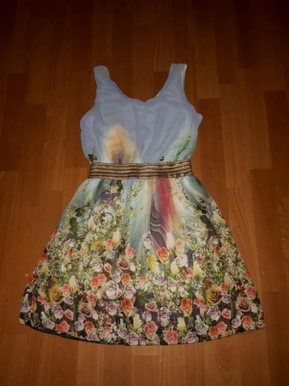 Sukienka w kwiatki SM