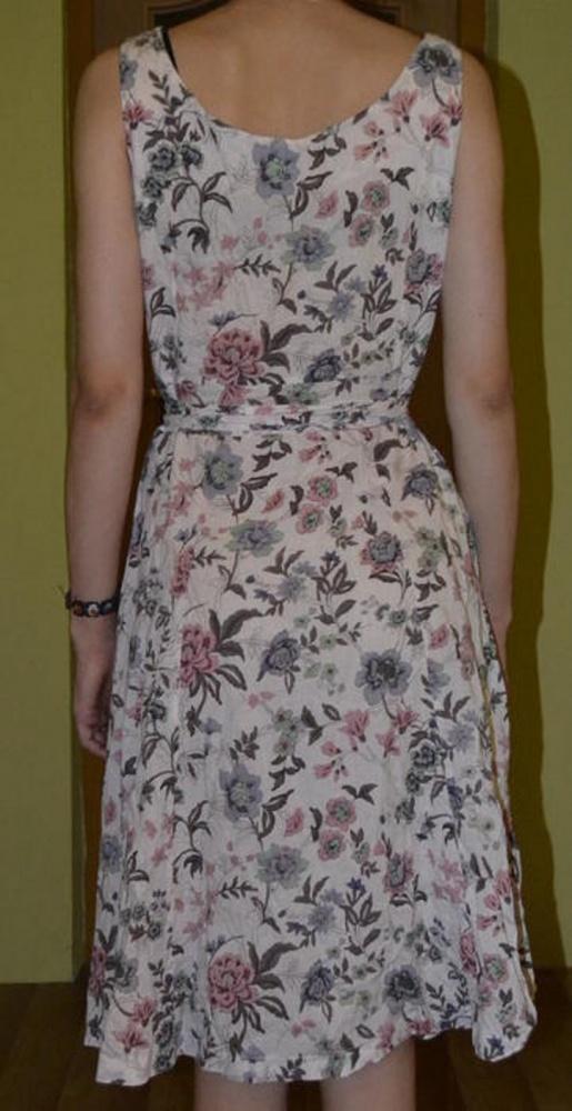 Kwiecista sukienka zwiewna na lato rozmiar 40 42 L