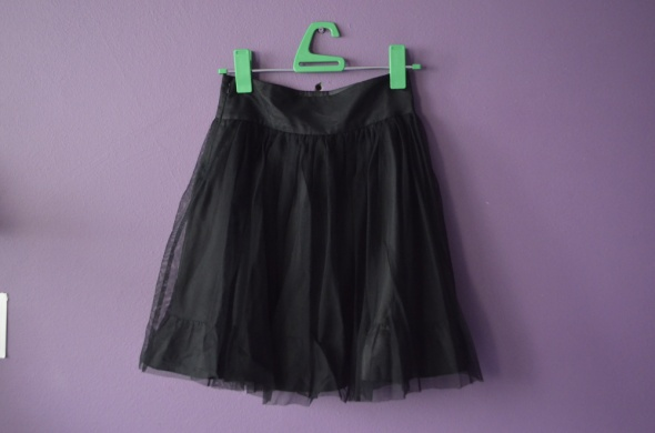 tiulowa czarna spódnica 34 36 XS S