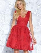 Sukienka z gipiurą CZERWONA