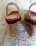 Zara sandały koturn...
