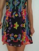 Kolorowa wzorzysta sukienka rozm XS S...