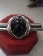 Srebrna artystyczna brosza z czarnym onyksem 14 gr