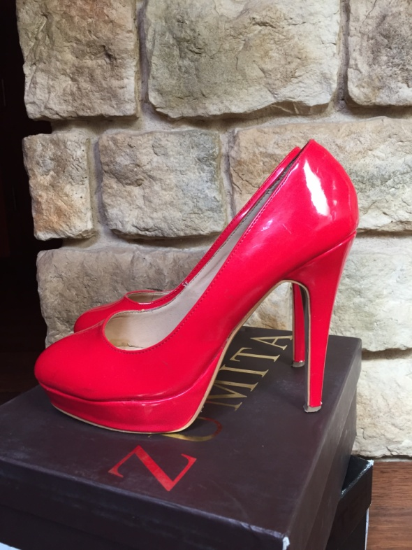 Czerwone szpilki New Look...
