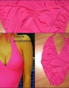 Świetny różowy strój jednoczęściowy