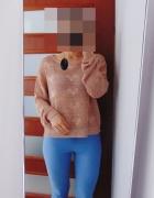 Atmosphere miedziany sweter w serca