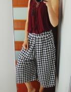 Boohoo przewiewne spodnie 3 4 wzorek