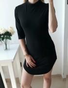 Sukienka mała czarna pół golf dopasowana M