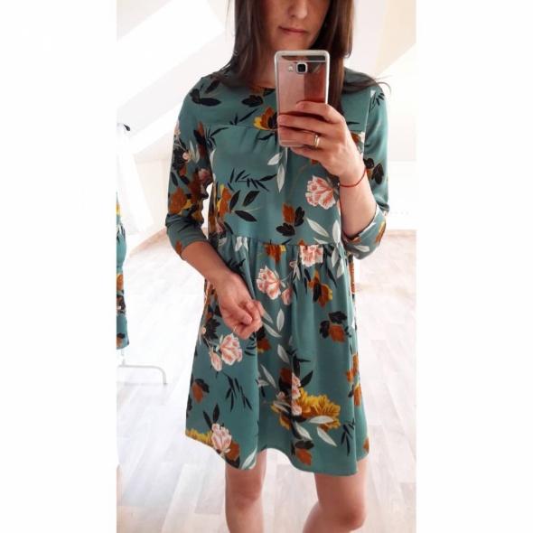 Suknie i sukienki NOWA sukienka zielona w kwiaty