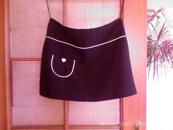 Spódnice mała czarna rozmiar 40