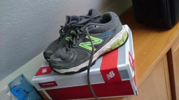 Buty dziecięce New Balance wkładka 175 cm...