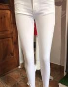 Białe Spodnie M...
