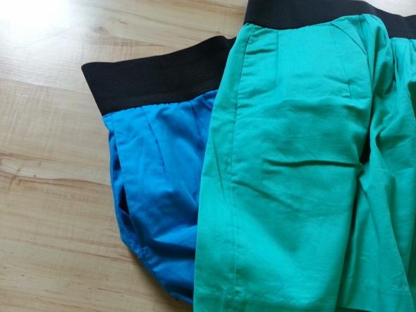 Zielona spódnica midi