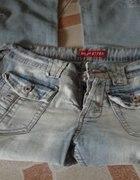 Spodnie Rybaczki Jeansowe...