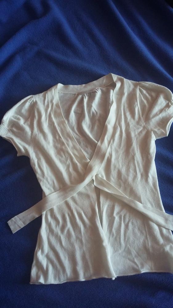 Biala bawelniana bluzeczka 38...