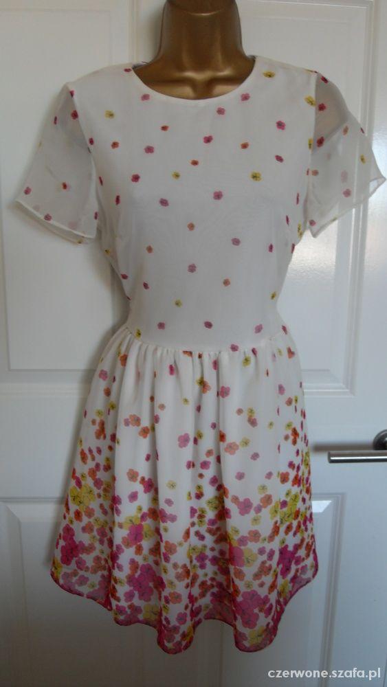 River Island delikatna sukienka z kwiatuszkami...