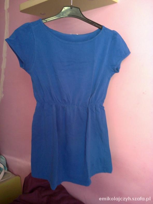 Niebieska bluzeczka