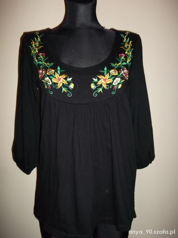 czarna bluzeczka M na L folk