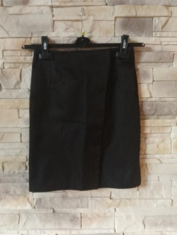 Spódnice Elegancka spódniczka czarna XS