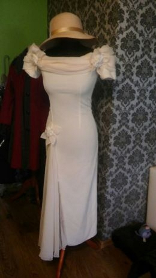 Długa suknia eriu 36...