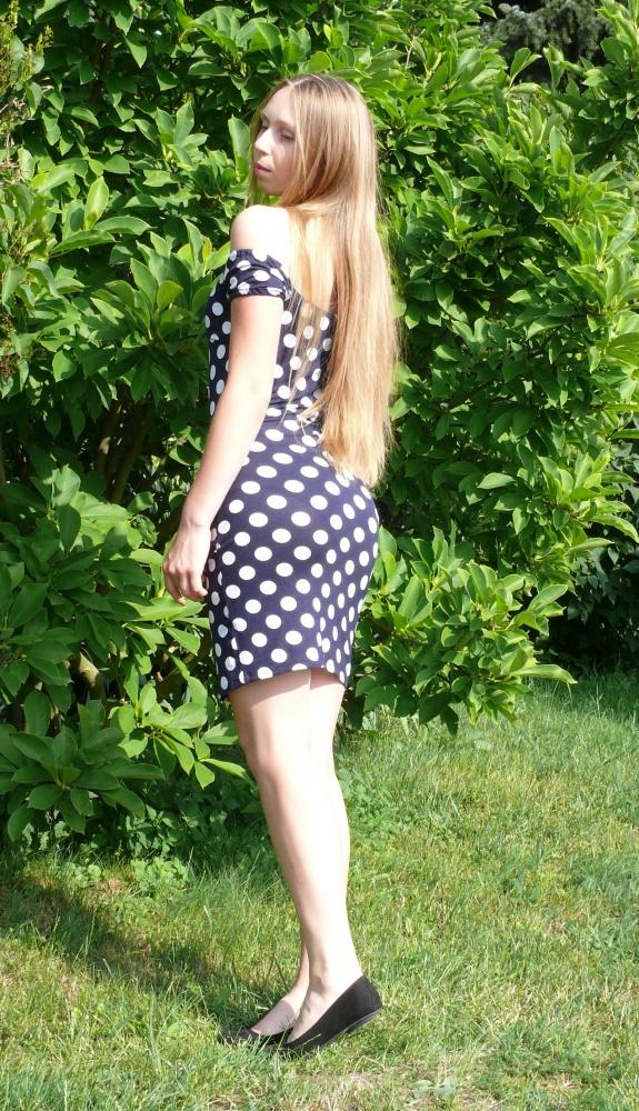 Sukienka w groszki...
