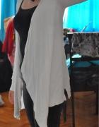 Biały kardigan Camaieu...