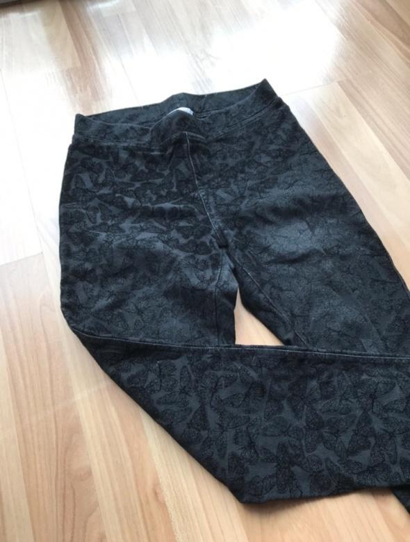 Spodnie Spodnie w motyle
