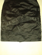 Czarna spódnica z koralikami rozmiar 40...