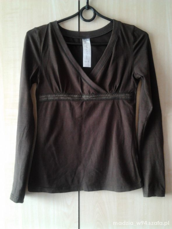 Brązowa kopertowa bluzka Butik