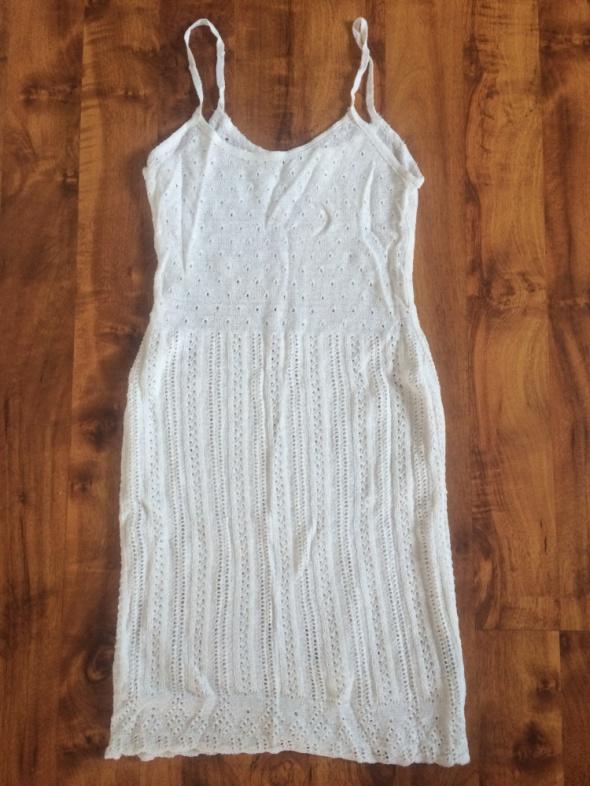 Spódnice koronkowa sukienka