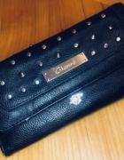 Czarny portfel Gionni...