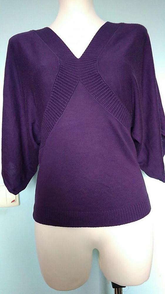 Fioletowa bluzka z rękawami w stylu nietoperz