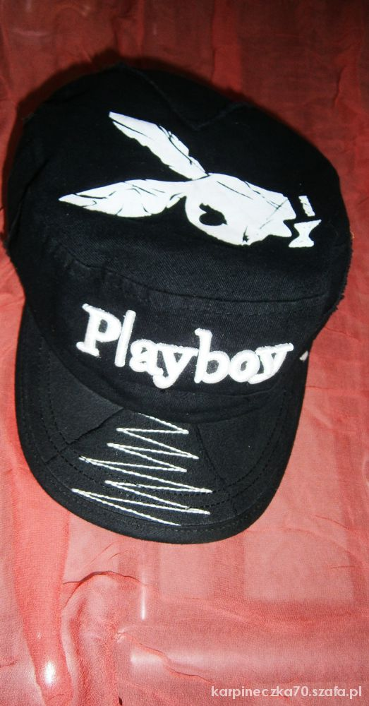 czapka playboy...