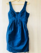 sukienka bez pleców...