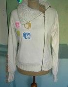 Asymetryczna biała bluza polarowa z futerkiem
