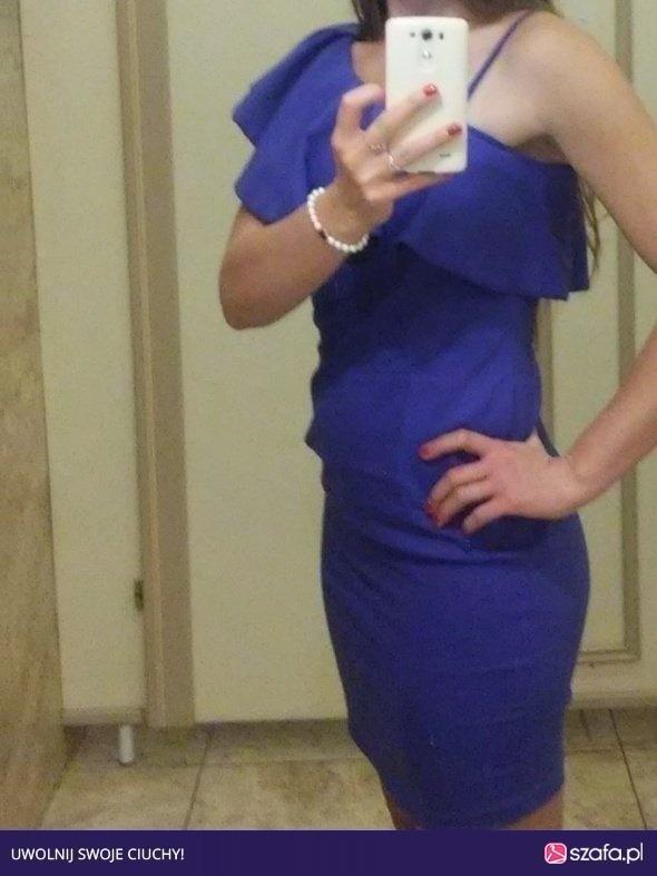 Niebieska sukienka 40...