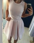 Nowa sukienka xs pudrowa