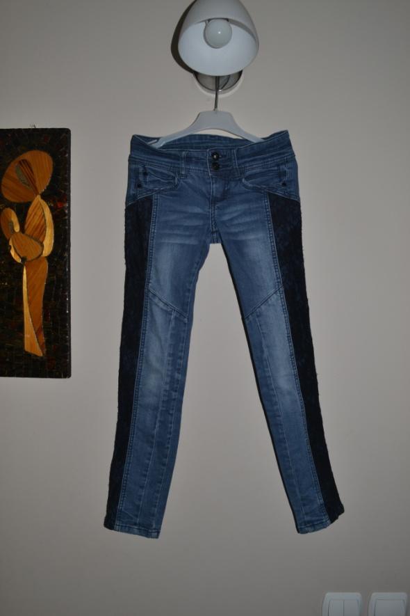 KappAhl spodnie jeans koronka 128cm 134cm...