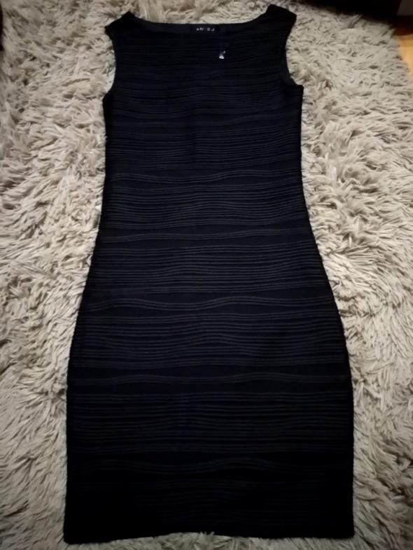 sukienka czarna xs amisu