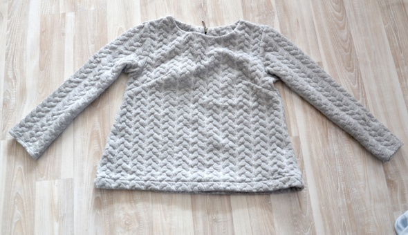 Bluza krótka warkocz dresowa