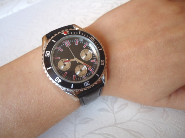 zegarek męski nowy czerń czerwień sportowy pasek