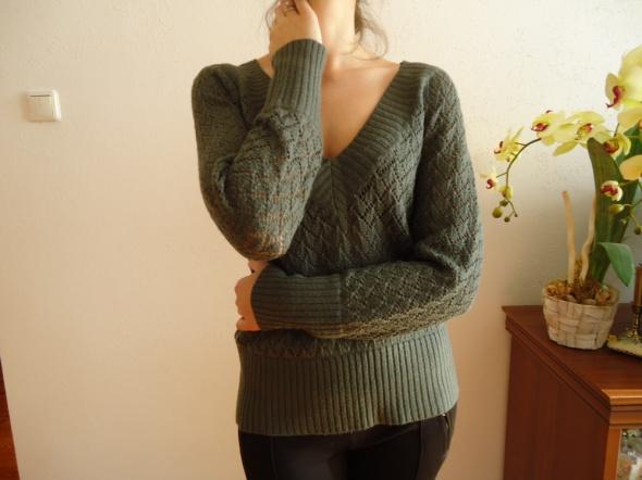 ażurowy sweter khaki 38 M jesienny