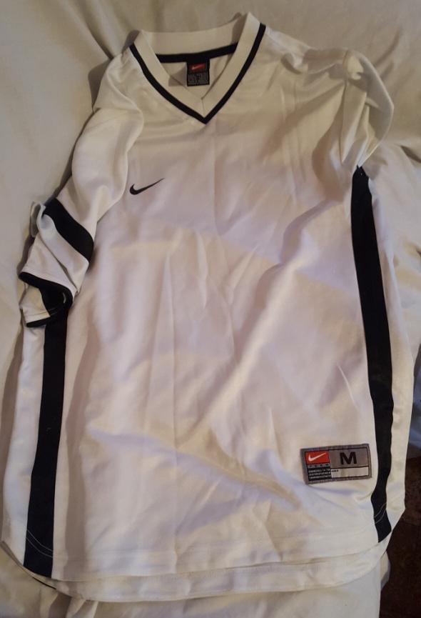 Sportowa koszulka Nike z krótkim rękawem...