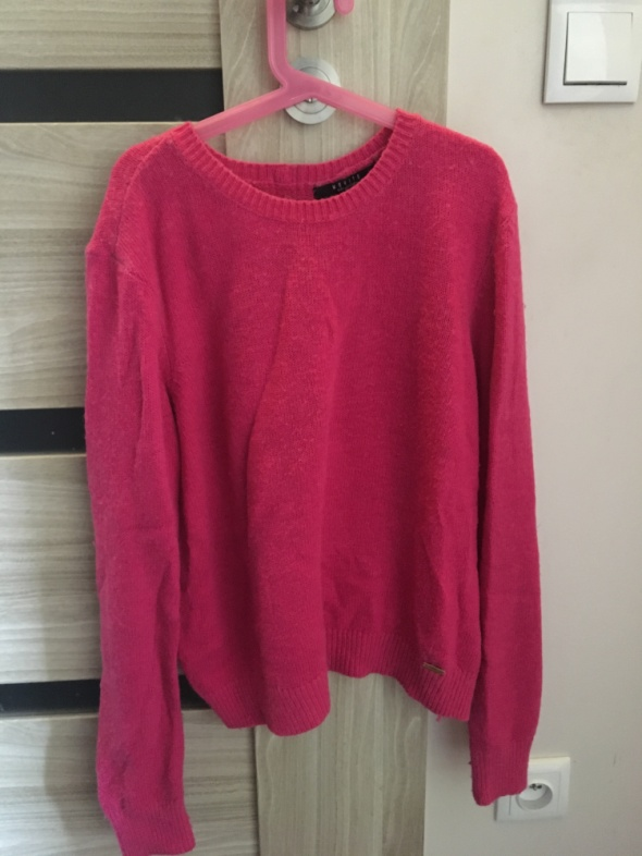 Różowy sweter mohito...