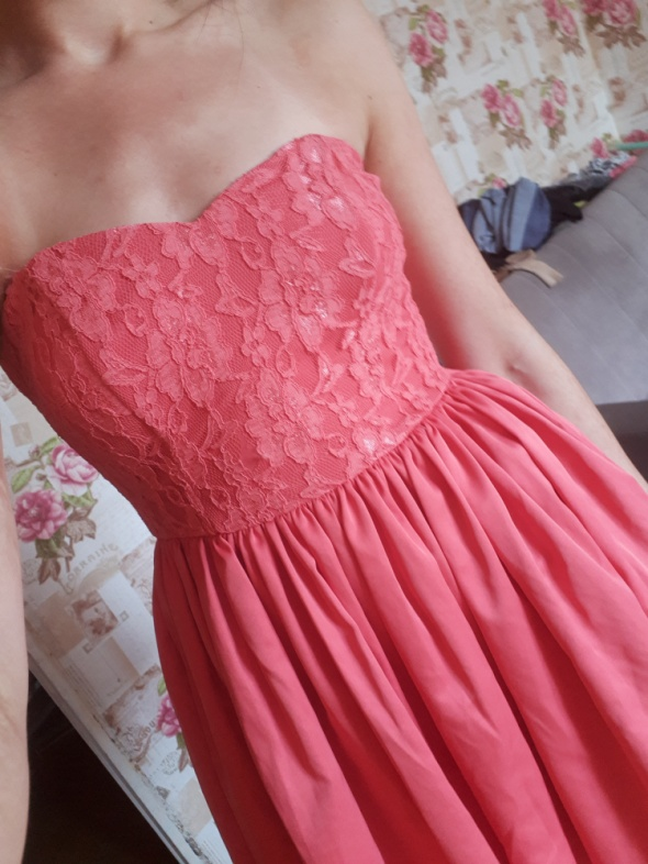 Pretty woman rozkloszowana sukienka M koronka na wesele