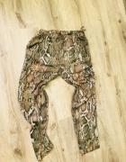 Wężowe eleganckie spodnie zara ćwieki