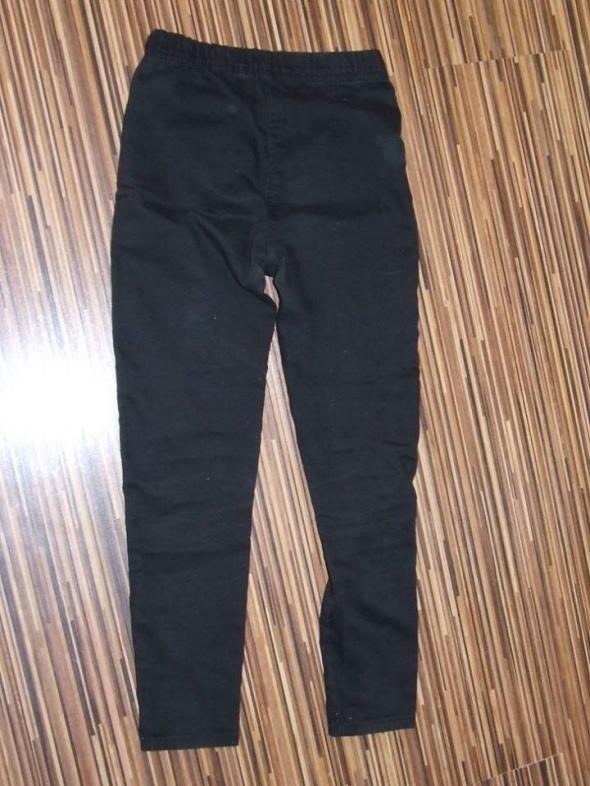 czarne spodnie George rozmiar 134...