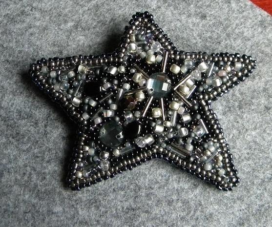 broszka gwiazda