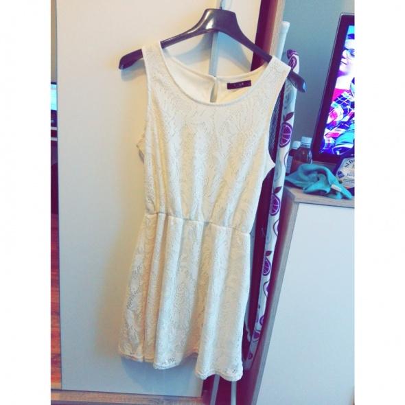 Sukienka koronkowa VILA...