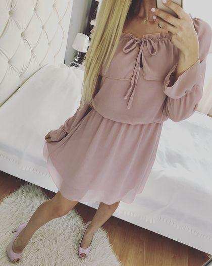 Pudrowa sukienka pudrowy róż szyfonowa S